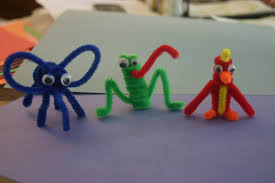 pipe cleaner animals lines across