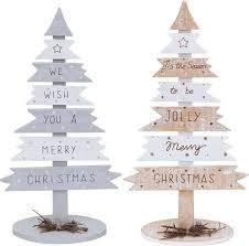 christmas tree pallet best 25 pallet christmas tree ideas on pallet tree