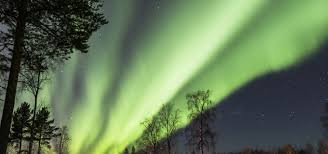 Best Time To See The Northern Lights Best Time To Visit Finland For Northern Lights Iron Blog