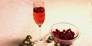 cranberry champagne cocktails dakotachic