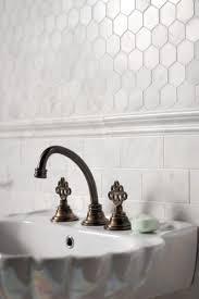 Hexagon Backsplash Tile by Best 25 Honeycomb Tile Ideas On Pinterest Hexagon Tiles