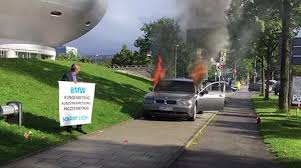 bmw owner watch angry owner burns his 7 series in front of bmw hq south