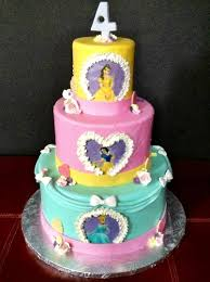 creative character cakes cakes