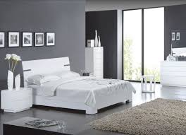 chambre aubergine et beige chambre chambre beige et aubergine chambres