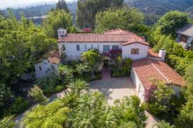 tom hanks sells a pair of pacific palisades homes for 17 5m