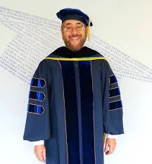 doctorate gown reviews phinished gown