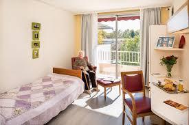 achat chambre maison de retraite maison de retraite à montpellier korian la pompignane ehpad 34