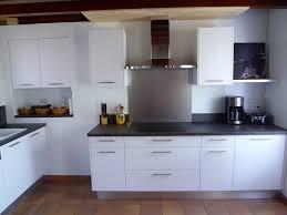 cuisine avec credence inox credence cuisine blanche et bois free credence pour cuisine blanche