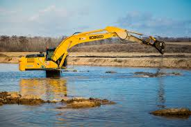 kobelco excavators are built like no other lectura press