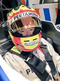 mobil balap f1 ini hasil tes formula 1 rio haryanto di barcelona