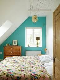amenager comble en chambre aménagement combles 8 idées déco pour la chambre