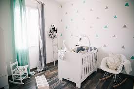 mur chambre bébé couleur de chambre pour bébé idée déco pour chambre de bébé