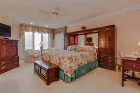 queen bedroom furniture sets for apartment small arch table lamps