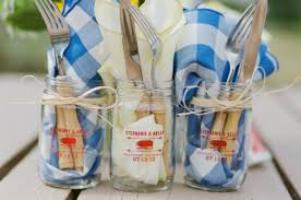 summer wedding favors 8 summer wedding favors that are totally adorable