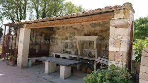 cuisine d été en découvrez les belles cuisines d été en matériaux anciens d alain bidal