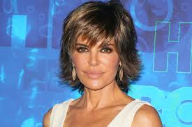 how does lisa rinna fix her hair lisa rinna rocks longer locks for first time in 19 years people com