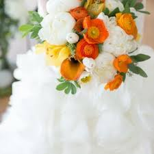 White Wedding Bouquets Yellow Wedding Bouquets
