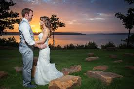 wedding venues in tulsa ok tulsa outdoor wedding ceremony the springs weddings