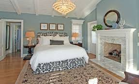 A Bedroom With A Great View And Brings That View Inside By Using - Bedroom country decorating ideas
