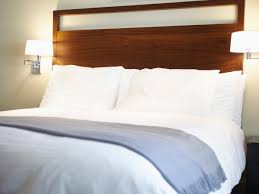 Hotel Beds How To Spot Bed Bugs In Your Hotel Before It U0027s Too Late Southern
