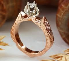 eljegyzesi gyuru egyedi különleges arany eljegyzési gyűrű kísérőgyűrű kreációk