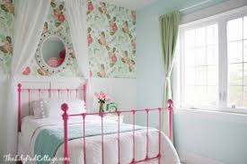desk for 6 year old 2 year old bedroom amazing ideas 5 and what self respecting 6