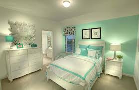 couleur de chambre moderne deco chambre moderne design accorder vert touche de couleurs pour