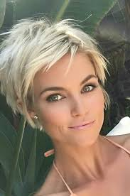 hot hair styles for women under 40 30 hottest pixie haircuts 2018 classic to edgy pixie hairstyles
