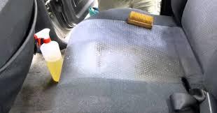 nettoyage si e voiture une astuce maison simple et efficace pour nettoyer les tapis et les