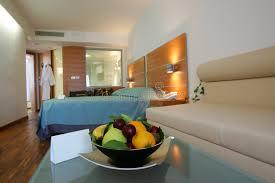 chambre d hotel moderne chambre d hôtel moderne image stock image du note relais 2455213