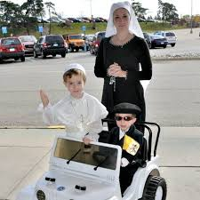 Pope Halloween Costume Ingenious Halloween Costume Pope Popemobile
