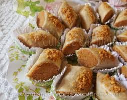 cuisine a 4 mains skandraniettes aux cacahuètes ghribiyet el warka gâteau mains