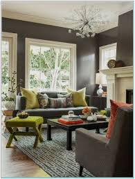 what color goes with gray walls unac co