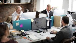 emploi de bureau trouver un après 50 ans plus facilement avec la candidature en
