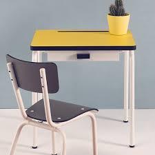 bureau enfant retro bureau enfant 3 6 ans en formica régine les gambettes citron