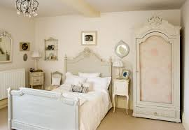 vintage basic bedroom ideas small french chic bedroom ideas