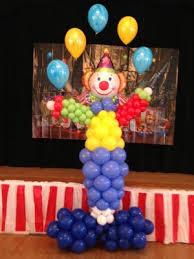 clown baloons balloon columns flutterbug balloons