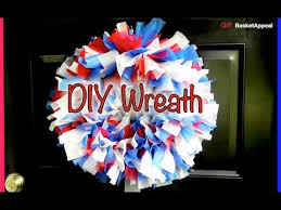 easy diy wreath plastic tablecloths