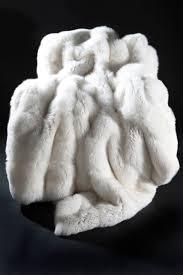 Faux Fox Fur Throw Best 25 Fur Blanket Ideas On Pinterest Faux Fur Blanket Faux