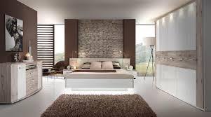 Schlafzimmer Schrank Holz Modern Moderne Schlafzimmer Aus Holz Amazing Schlafzimmer Mit Bett 180 X