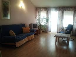 Archangel Laminate Flooring Bed And Breakfast žemyn Upe Kaunas Lithuania Booking Com