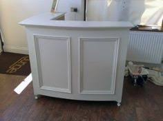 Small Reception Desk For Salon Diy Reception Desk Great Step By Step Pictures Plans Http Www