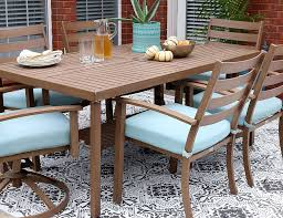 Best Way To Paint Metal Patio Furniture Diy Stenciled Concrete Rug