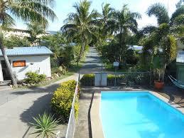 bush village airlie beach accommodation