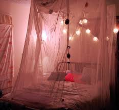 How To Hang String Lights In Bedroom How To Make 6 String Lights Ideas For Your Bedroom