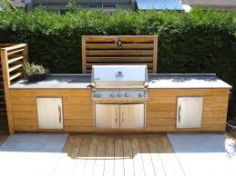 cuisine exterieure en cuisine extérieure en bois jardin cuisine exterieur