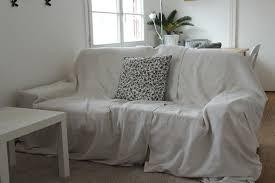 relooker un canapé en cuir recouvrir un canape cuir maison design wiblia com