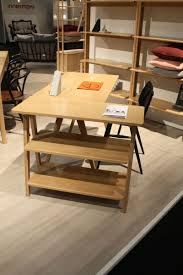 Modern Desk by Hints For Choosing A Modern Computer Desk That Suits Your Style