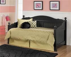 Jordan Furniture Bedroom Set Signature Design By Ashley Jordan Day Bed Rotmans Daybed