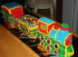 homemade 3d train birthday cake idea fête enfant pinterest